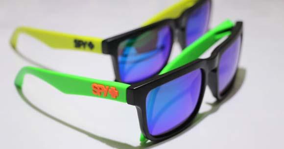 عینک آفتابی شیشه رنگی